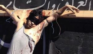 Un chrétien crucifié en Syrie | Photo : Rozana.fm