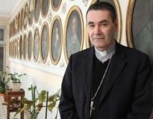 L'évêque s'invite à dîner chez les jeunes du département