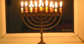 12 au 20 décembre – Judaïsme : Hanouccah
