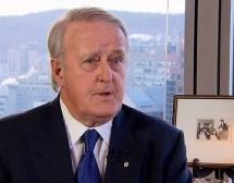L'ex-politicien Brian Mulroney appuie les investissements contre l'État islamique