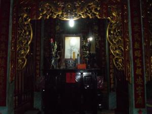 Un autel dans le temple de Phi Lai | Photo : Phuoc Thien Tran