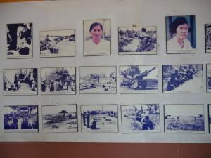 Des photos de victimes du régime de Pol Pot sont affichées aux murs du musée | Photo : Phuoc Thien Tran