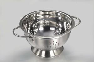L'égouttoir à pâtes est le symbole par excellence de l'Église du MSV.
